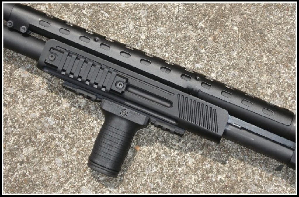 Looking for a tactical shotgun? - Here's Mossberg 500 for you!
